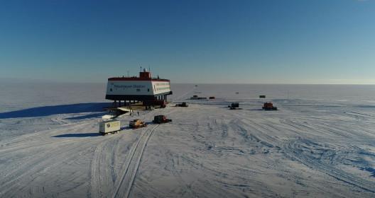 EDENISS_AntarcticArrival_a12