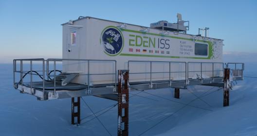 EDEN-ISS in Antarctica, Credit DLR/NASA/Bunchek